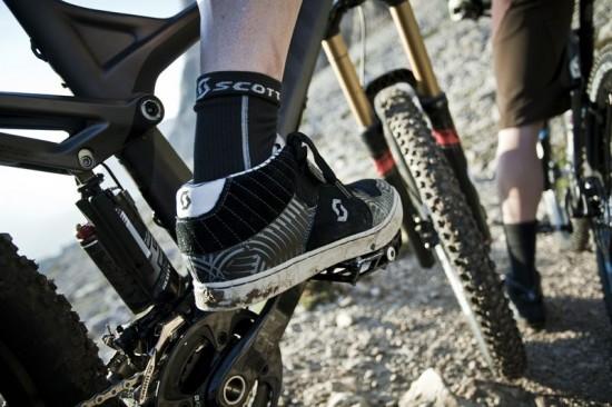 2013-photoshoot_-action_dolomites_bikewear_Scott-Sports_545-Copy-